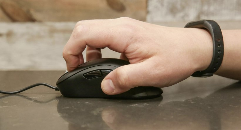 Claw Grip Mouse